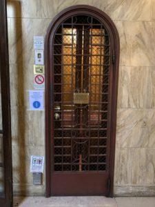 クラシックなエレベーター