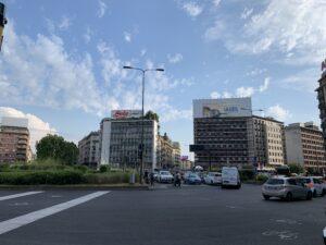 モンツァ通りからみたロレート広場